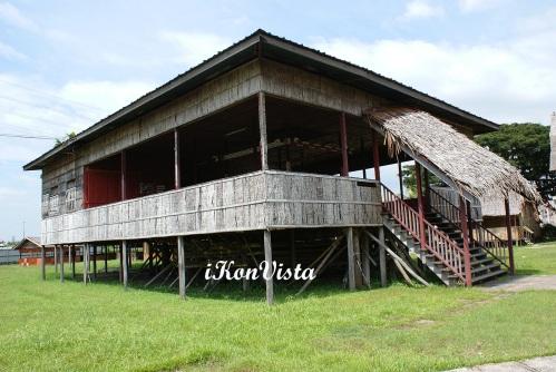 Murut Lansaran Longhouse