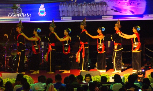 Sumazau Dance from Kadazandusun Community